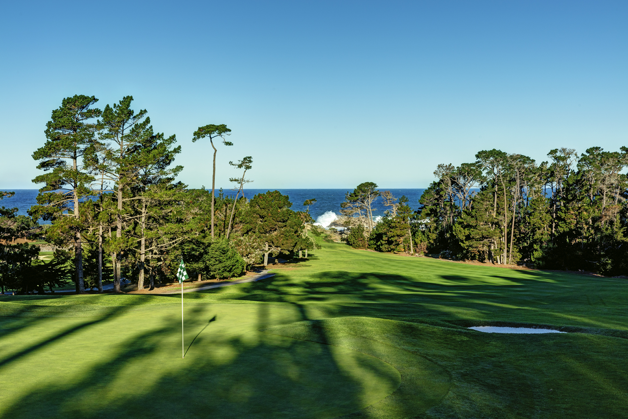 6th hole at Spyglass Hill