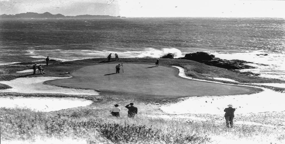 By the 1940 U.S. Women's Amateur, the wavy and gyrating green was surrounded by manicured bunkers.