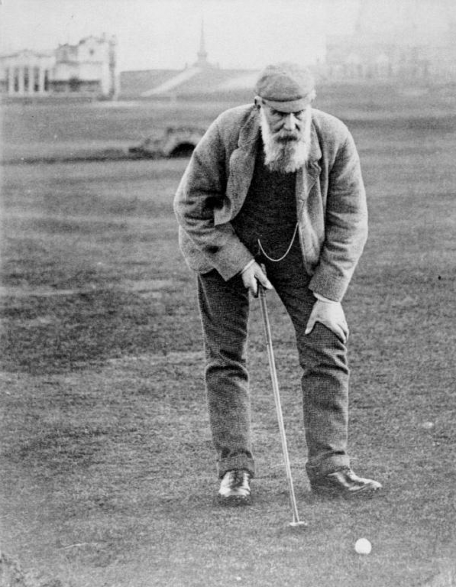 Old Tom Morris set the record for the largest margin of victory in a Major at the 1862 British Open. Woods broke the record 138 years later.