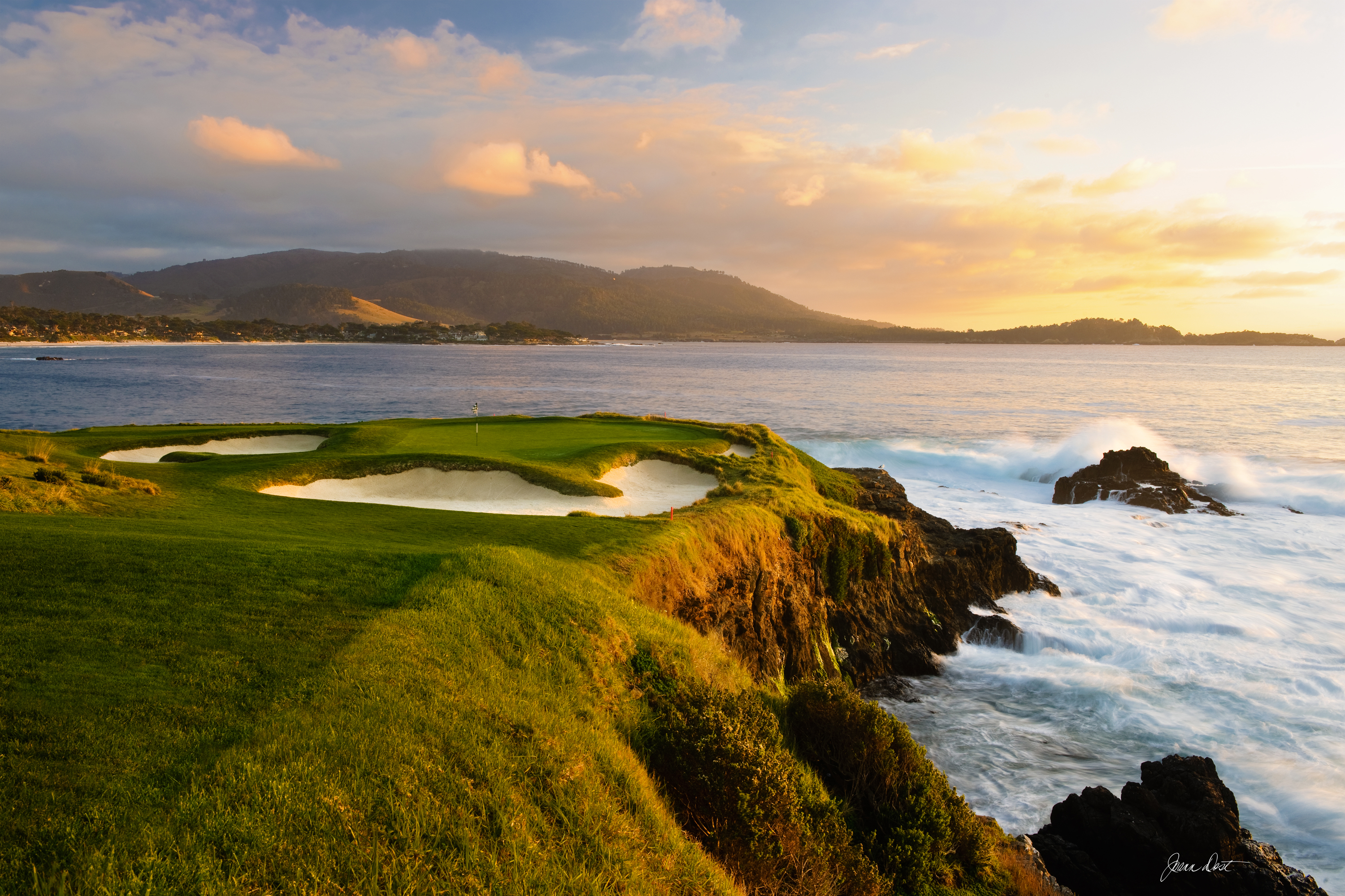 It Was Once Recommended To Abandon The Seventh Hole Arguably Most Aned Swing Of Day Any Score Is In Play This Pee Par 3 Can As