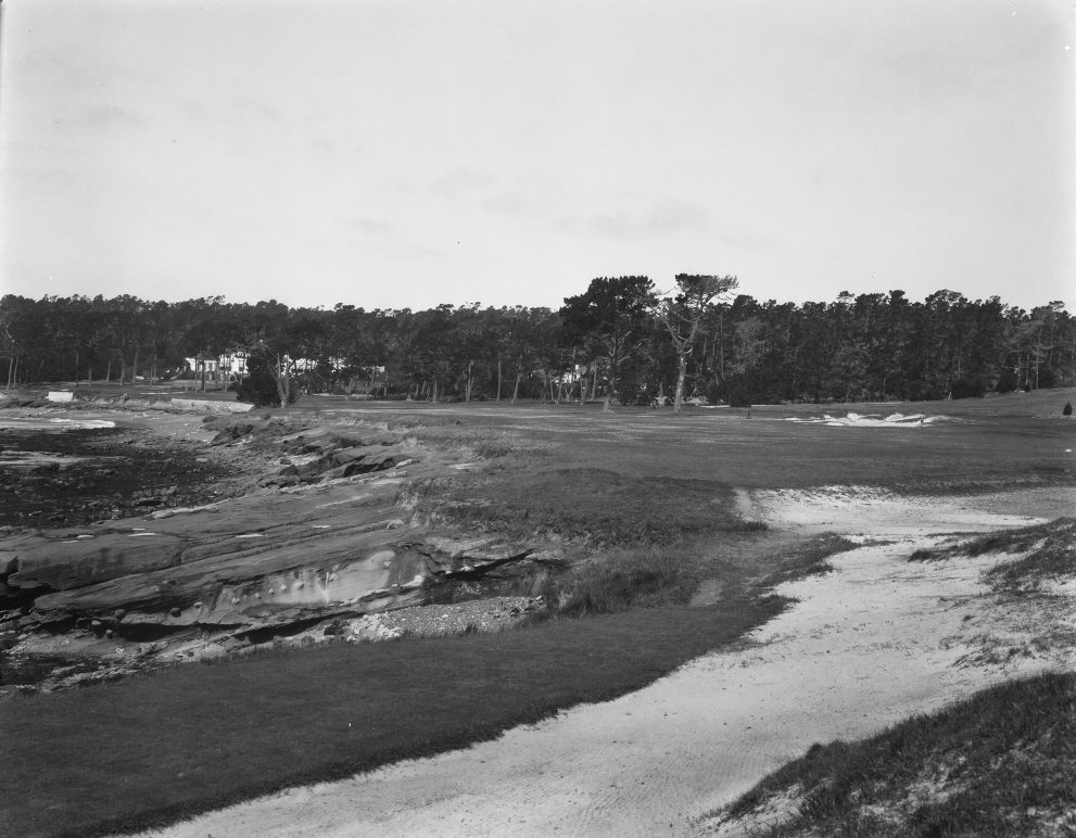 The Designer Of Famed Walton Heath In England William Herbert Fowler Can Be Thanked For Converting A Nondescript 380 Yard No 18 Into Most Dramatic