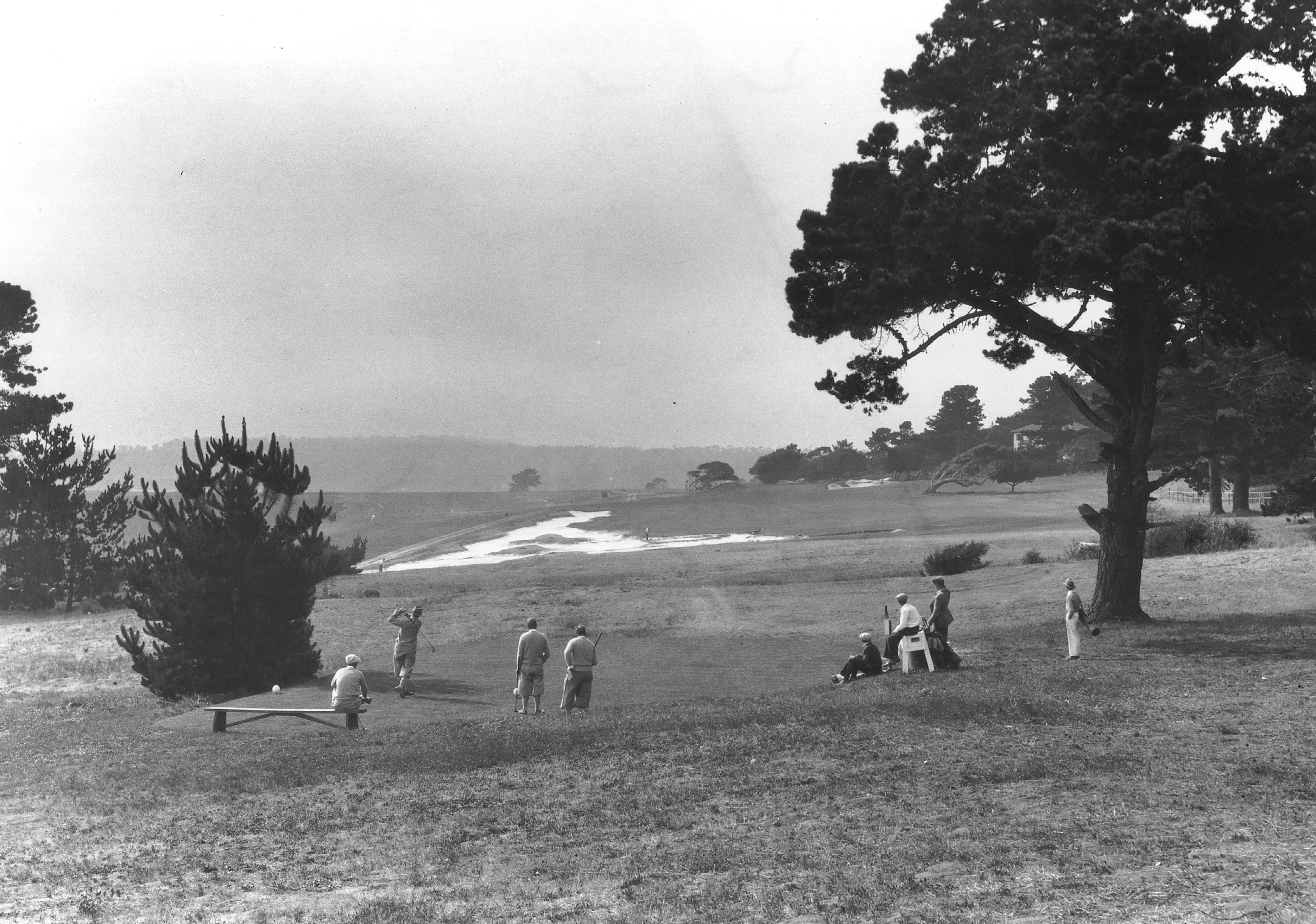 13th hole Alister MacKenzie bunkering