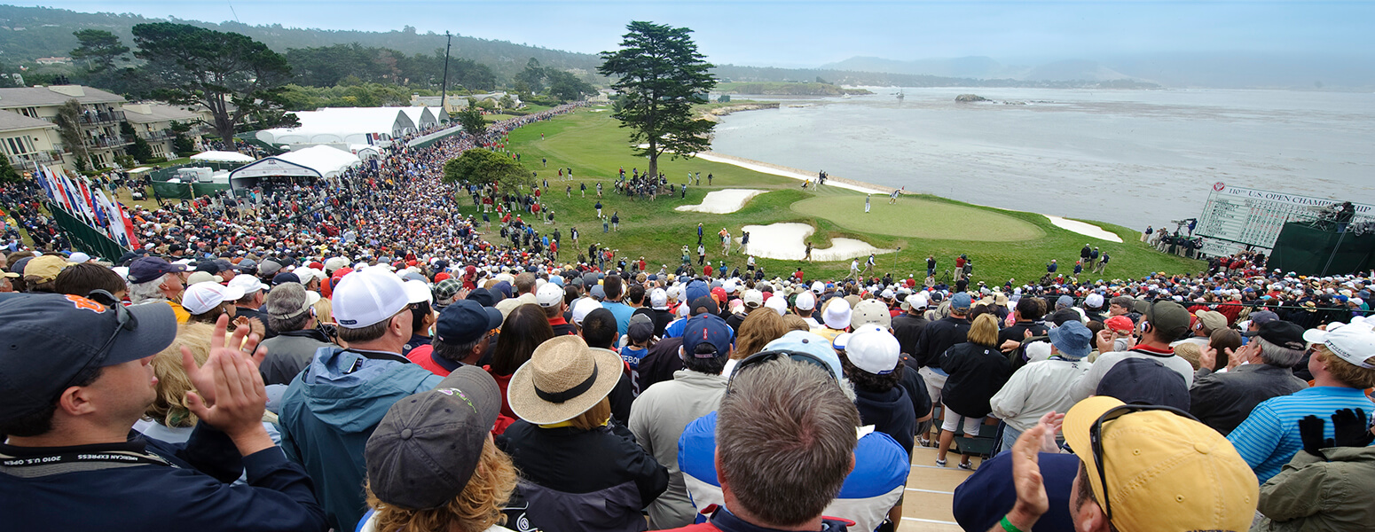 2010 US Open image of crowd overlooking the course