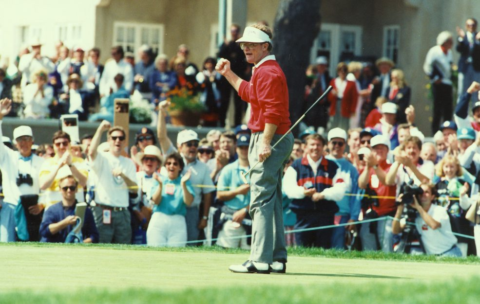 Tom Kite entered the final round of the 1992 U.S. Open trailing Gil Morgan by one stroke, but shot a masterful even-par 72 in high winds to capture his first Major title.